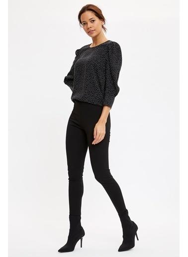 DeFacto Puantiyeli Uzun Kollu Bluz Siyah